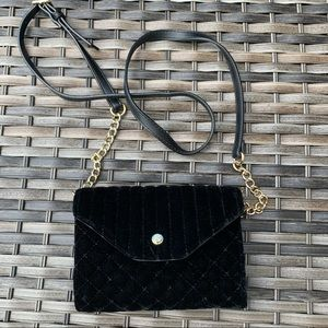 Nine West Black Velvet Evening Handbag Clutch
